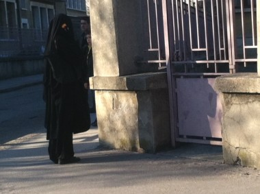 burqa,annecy,police